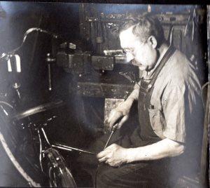 1944_GGpa_BB shop_02
