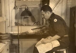 Saul Rosenberg darkroom_Feb 1946__2