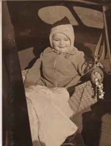1944_Carlisle Barracks_car seat