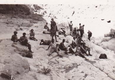 1935_Dead Sea_03